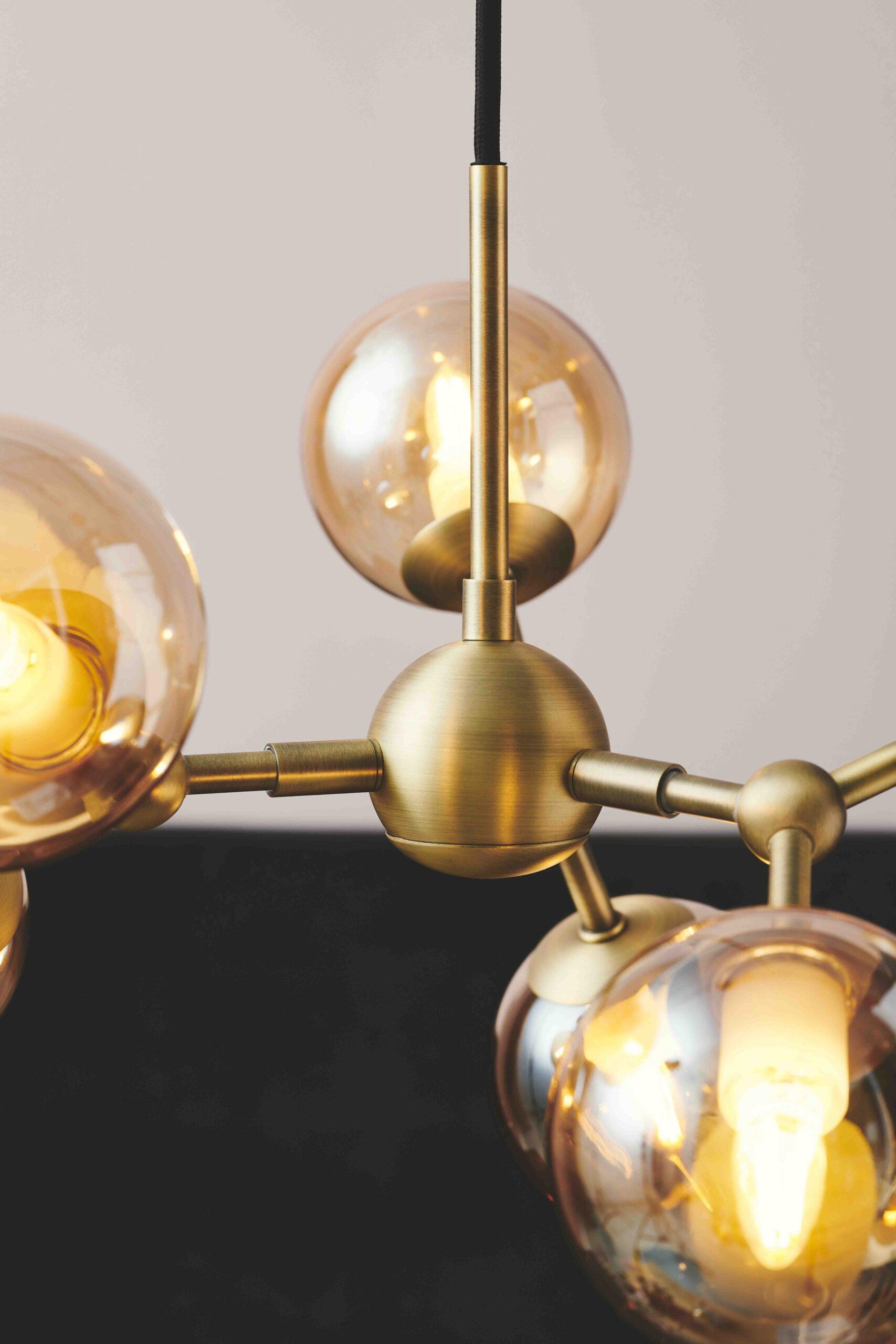 Halo Design Atom mini lysekrone antik messing
